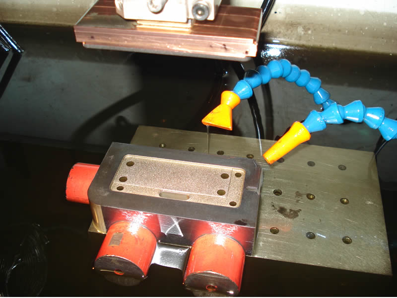 Sparking of mould cavity